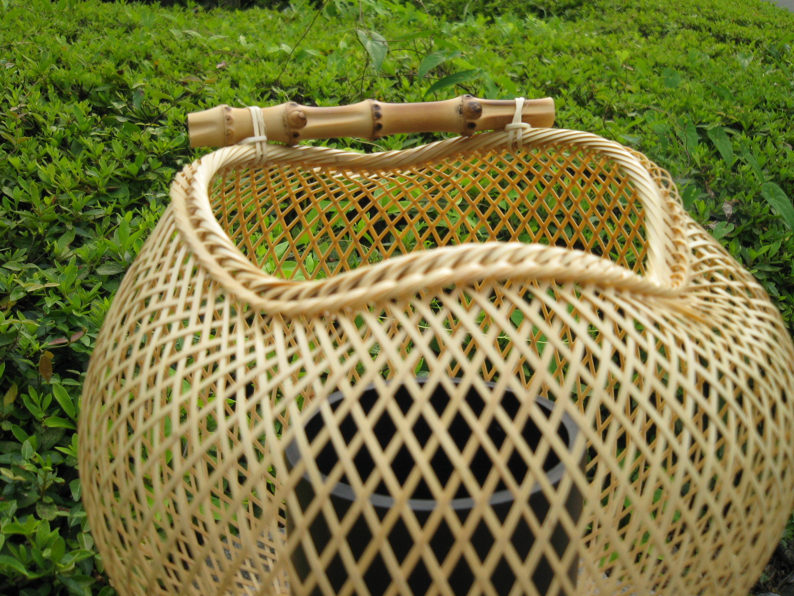 白竹スカシ花かご